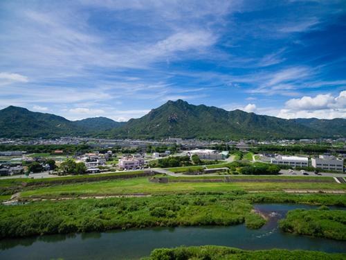 佐波川からの右田ヶ岳の眺望