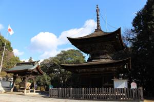 하나오카하치만궁・아카이보토바 다보탑